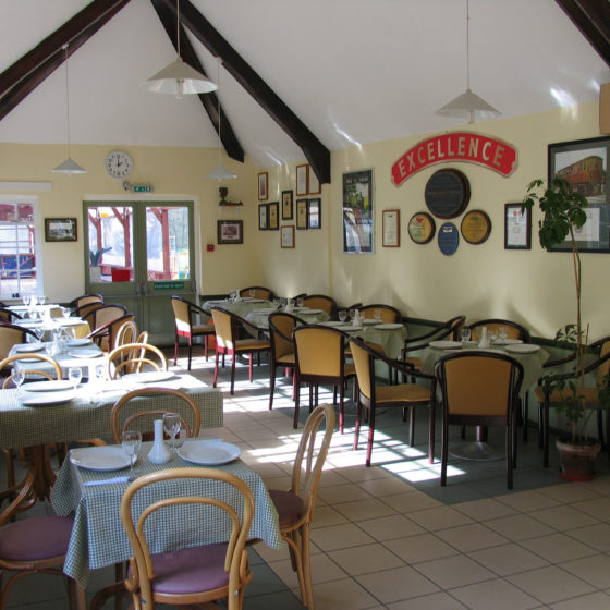 Station Buffet and Restaurant